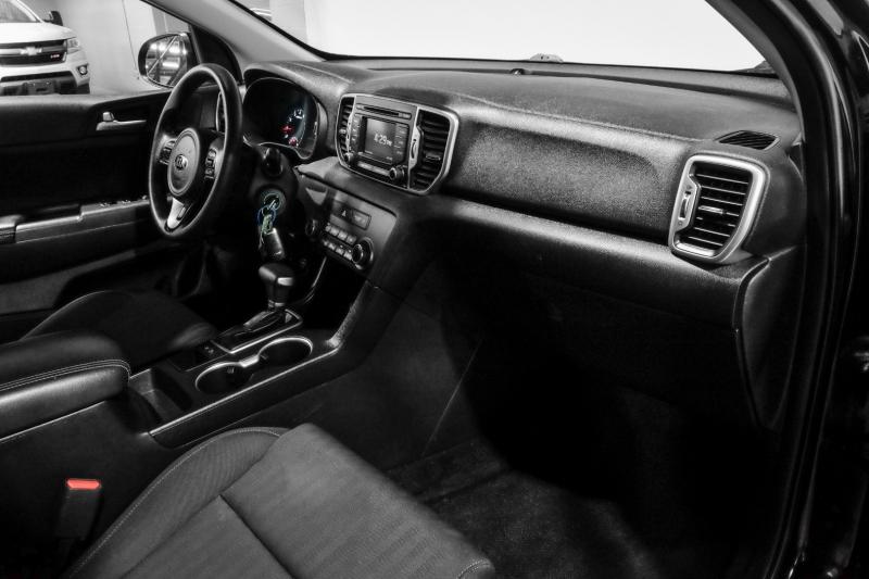 Kia Sportage 2017 price $18,990