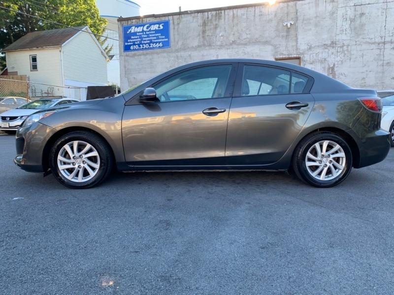 Mazda 3 2012 price $8,000