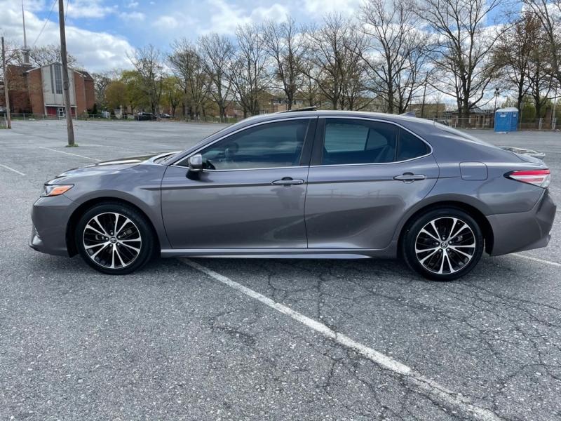 Toyota CAMRY 2018 price $18,500