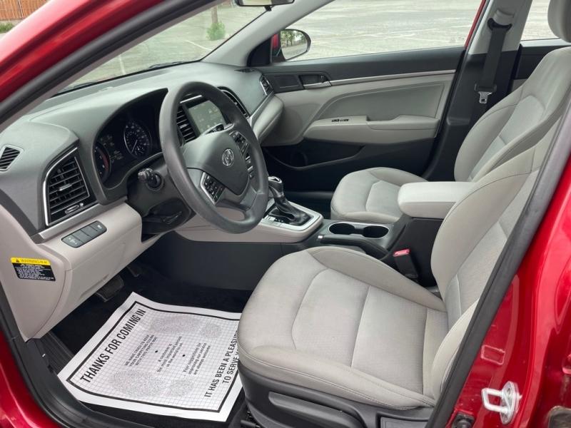Hyundai ELANTRA 2017 price $13,000