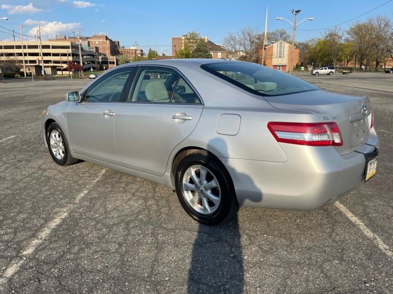 Toyota CAMRY 2011 price $10,000
