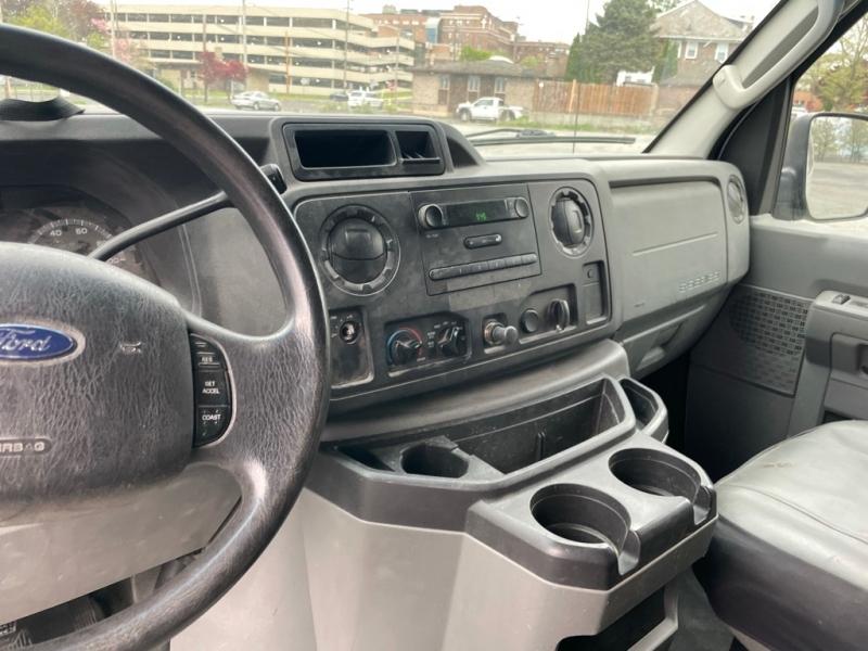 Ford ECONOLINE 2009 price $4,500