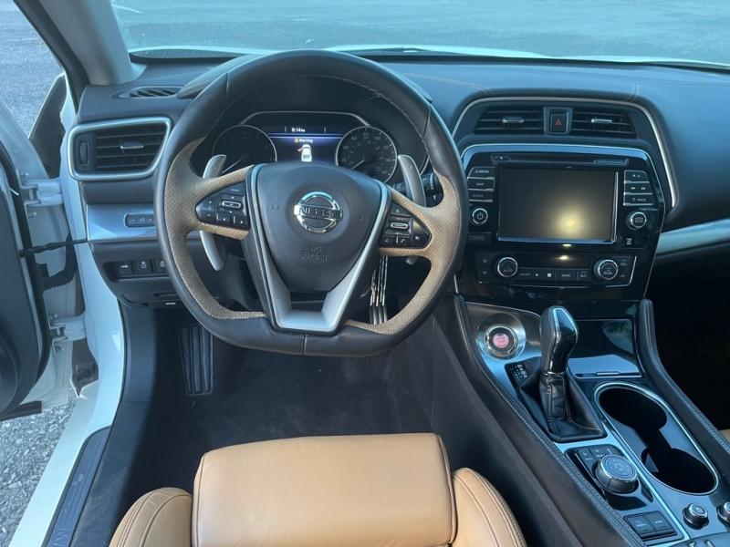 Nissan MAXIMA 2016 price $17,000