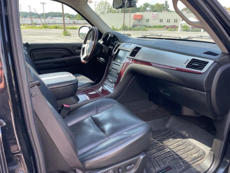 CADILLAC ESCALADE 2008 price $12,000