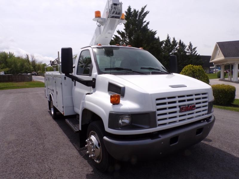 GMC C4500 2005 price $30,900