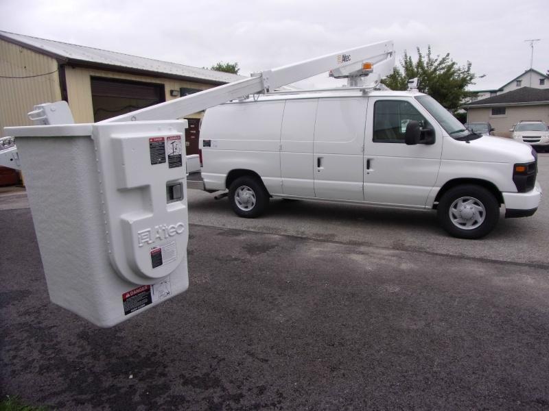 Ford Econoline Cargo Van 2011 price $32,500