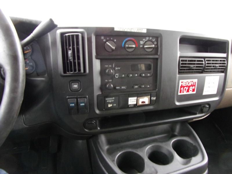 Chevrolet C3500 2005 price $8,999