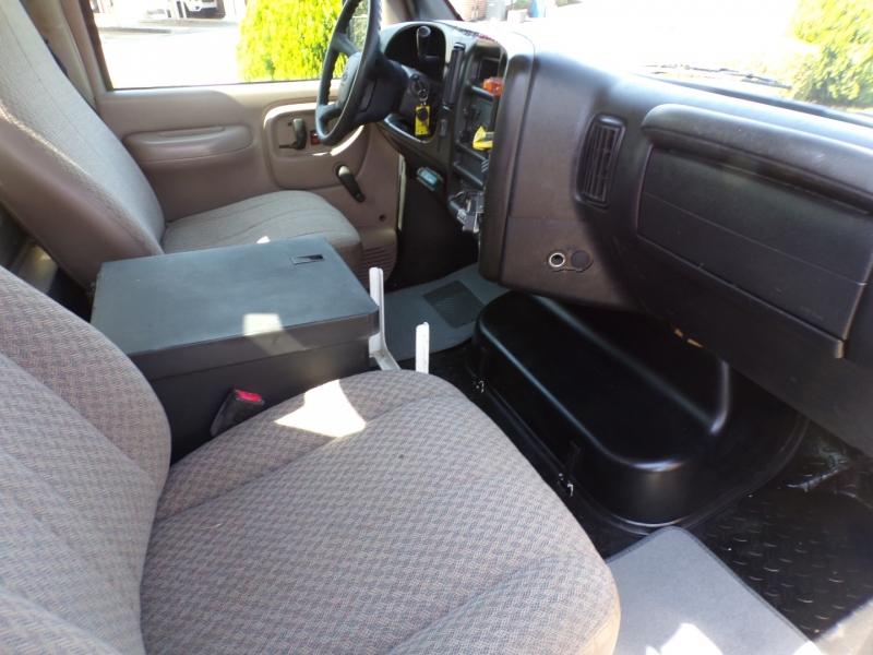 Chevrolet C4500 2005 price $27,900