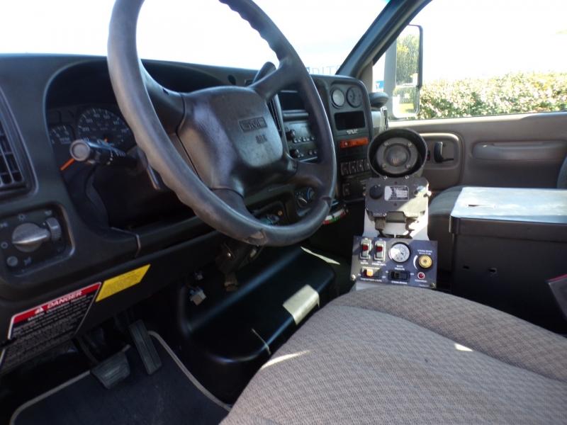 GMC C5500 2005 price $45,900