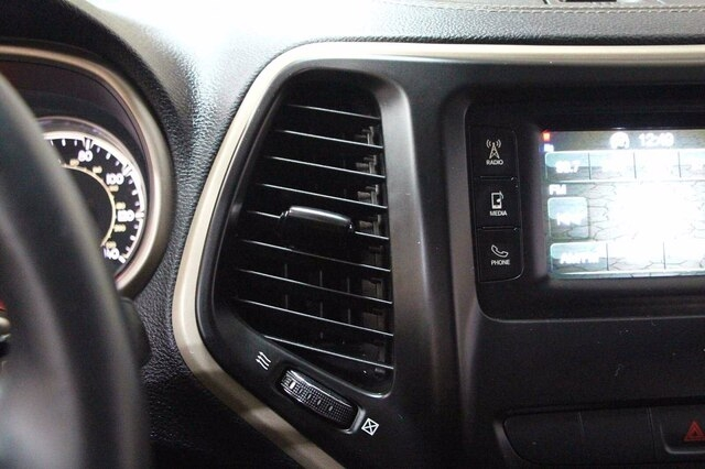 Jeep Cherokee 2014 price $12,500
