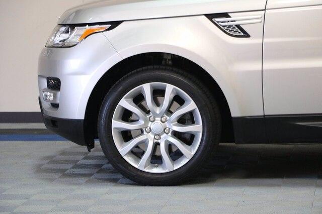 Land Rover Range Rover Sport 2016 price $35,300