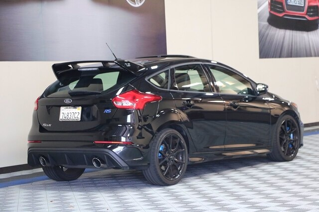 Ford Focus RS 2016 price $35,800