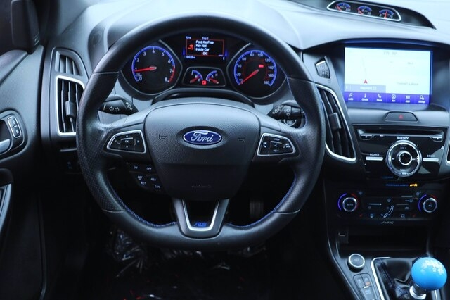 Ford Focus RS 2017 price $36,900