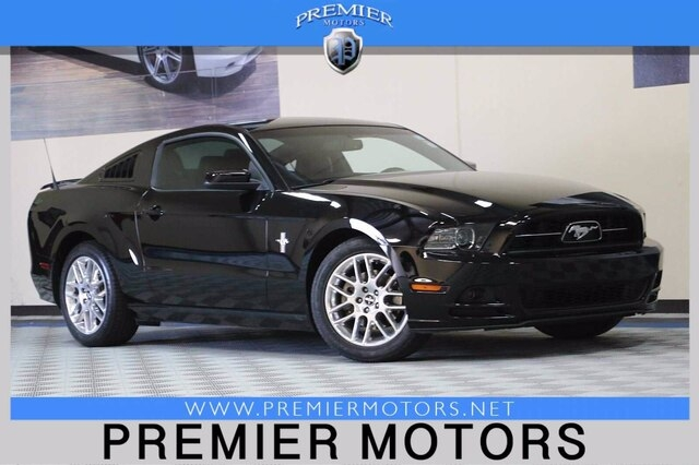 Ford Mustang 2013 price $14,900