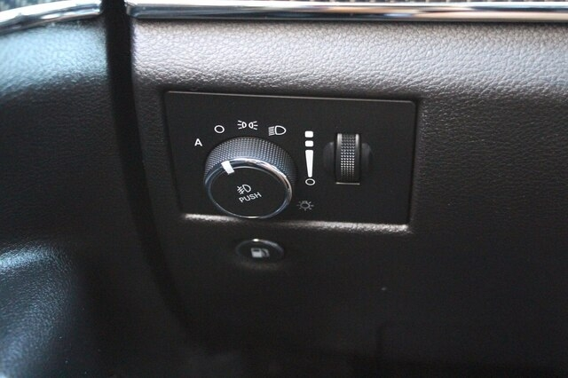 Jeep Grand Cherokee 2018 price $57,900