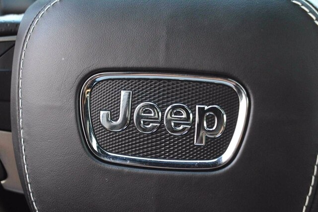 Jeep Grand Cherokee 2017 price $58,800