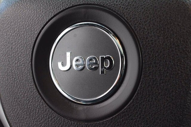 Jeep Grand Cherokee 2018 price $35,900