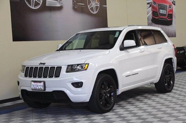 Jeep Grand Cherokee 2015 price $25,900