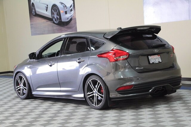 Ford Focus 2016 price $20,900
