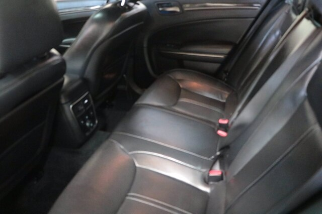 Chrysler 300 2013 price $24,900