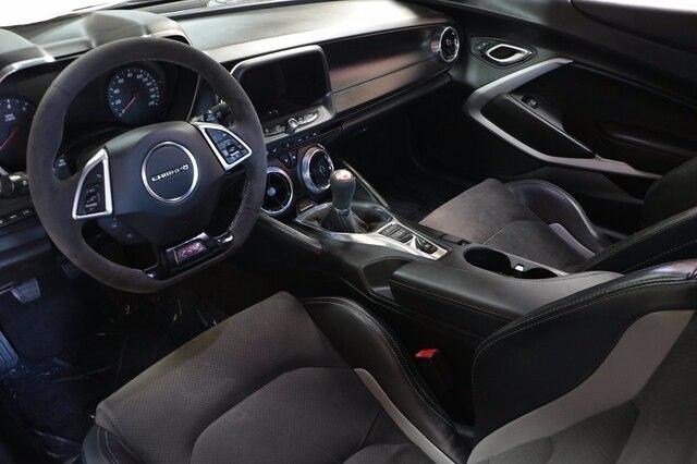 Chevrolet Camaro 2018 price $43,900