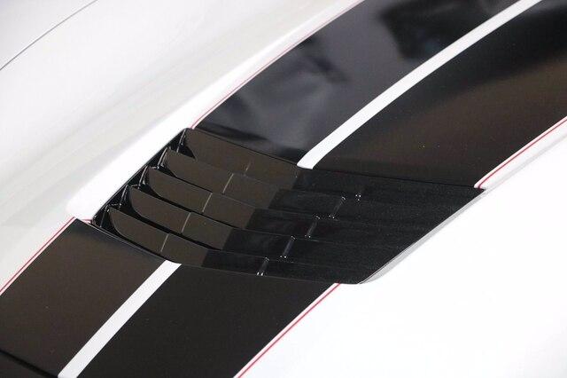 Chevrolet Corvette 2019 price $62,900