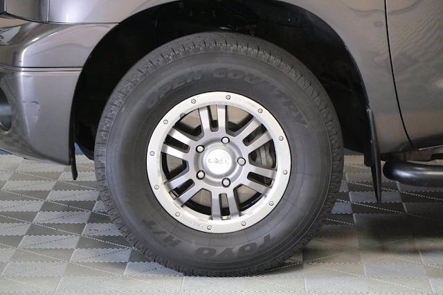 Toyota Tundra 4WD Truck 2013 price $31,900