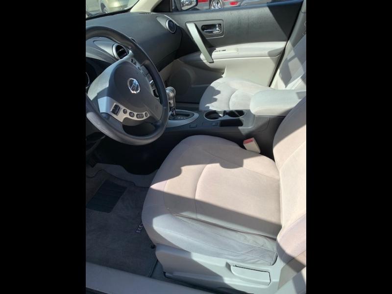 Nissan Rogue Select 2015 price $12,900