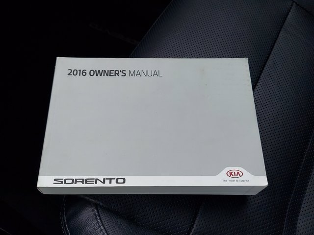 Kia Sorento 2016 price $25,900