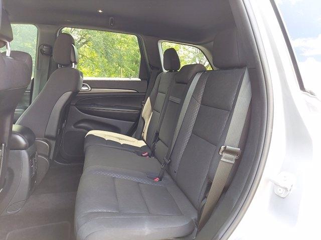 Jeep Grand Cherokee 2018 price $33,900