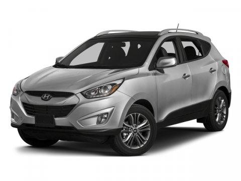 Hyundai Tucson 2015 price $17,900