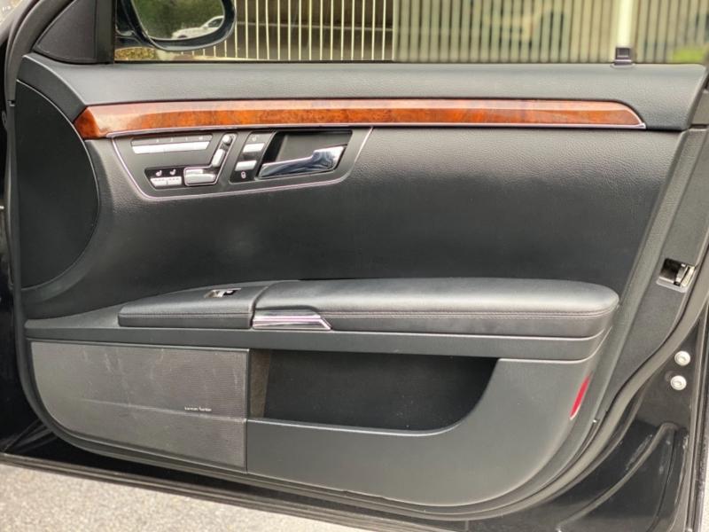 Mercedes-Benz S-Class 2009 price $8,995