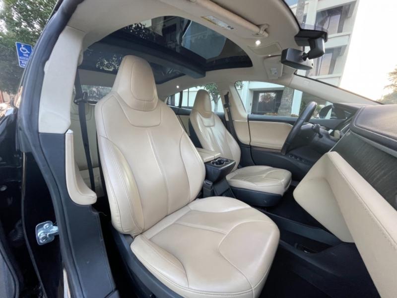 Tesla Model S 2013 price $32,995