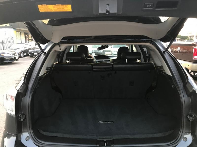 Lexus RX 350 2010 price $12,699