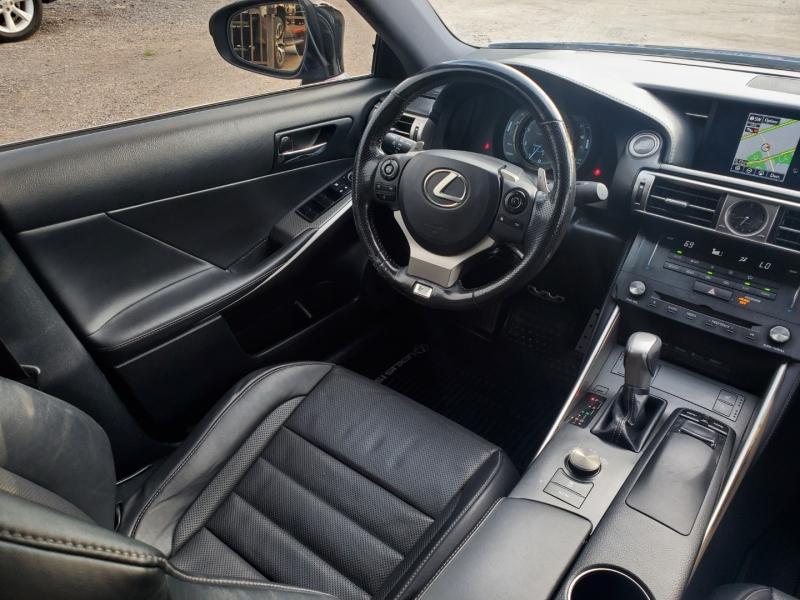 Lexus IS 200t 2016 price $19,699