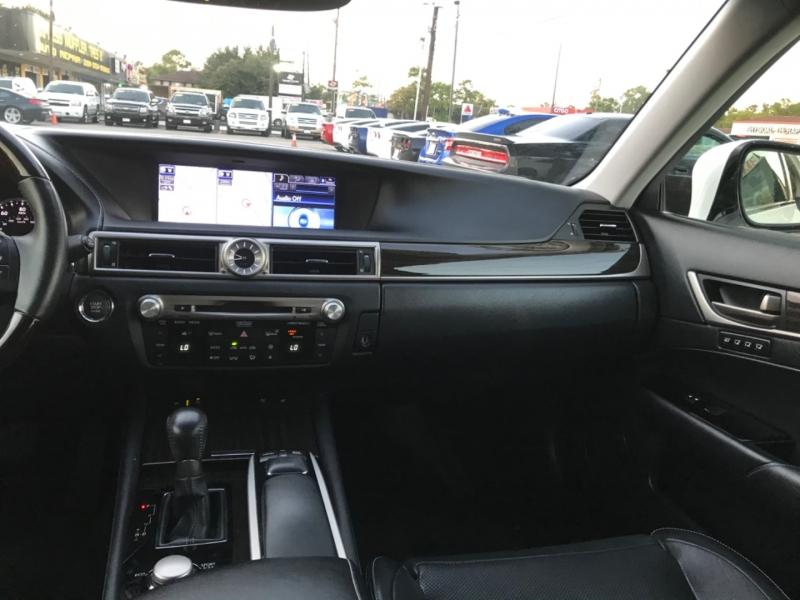 Lexus GS 350 2013 price $19,700