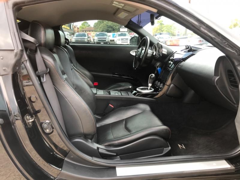 Nissan 350 Z 2004 price $11,890