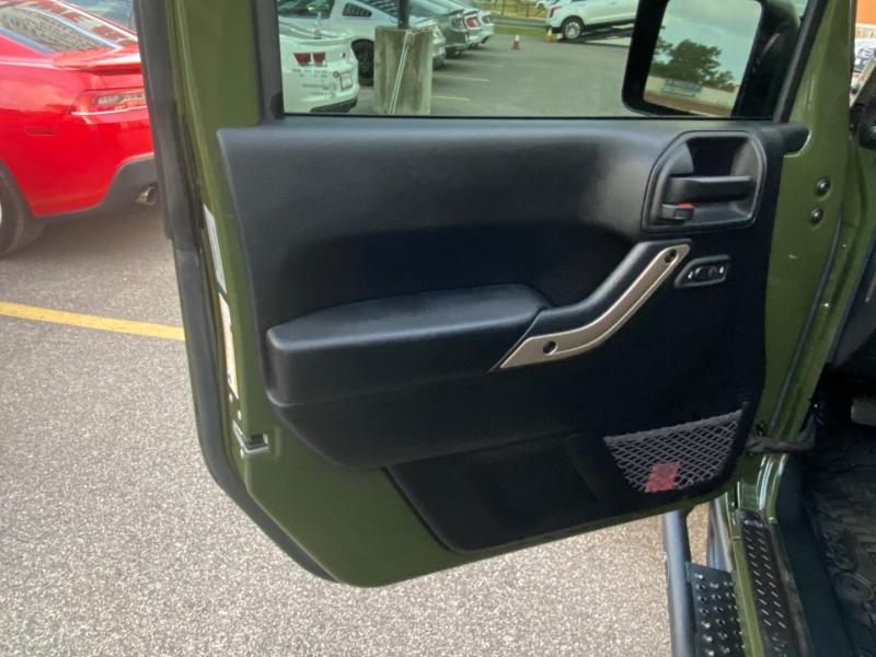 Jeep Wrangler 2016 price $33,890