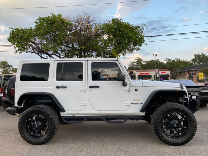 Jeep Wrangler Unlimited 2015 price $33,890