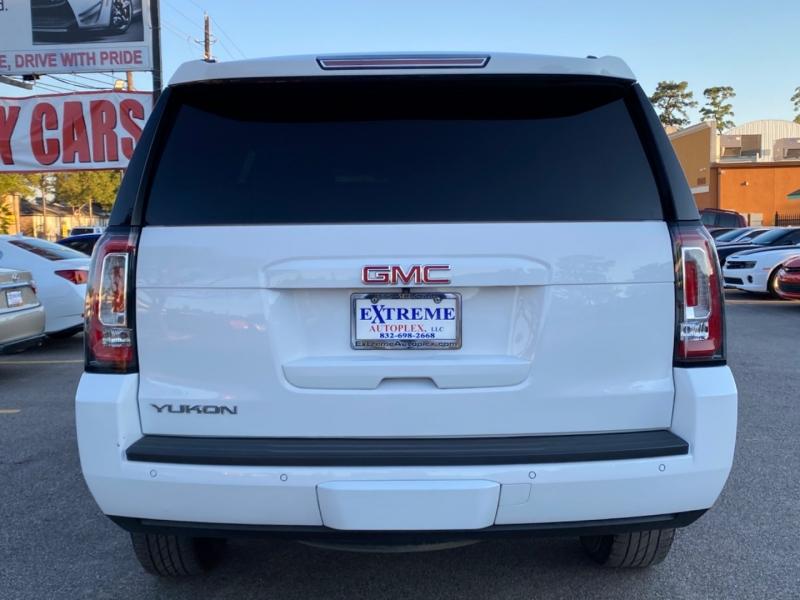 GMC Yukon 2015 price $25,699