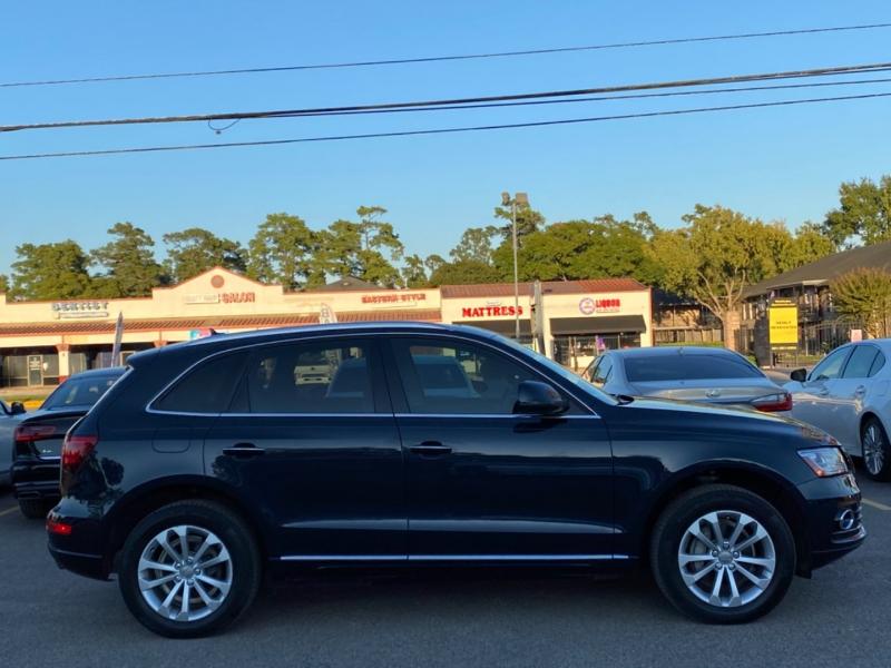 Audi Q5 2015 price $19,890