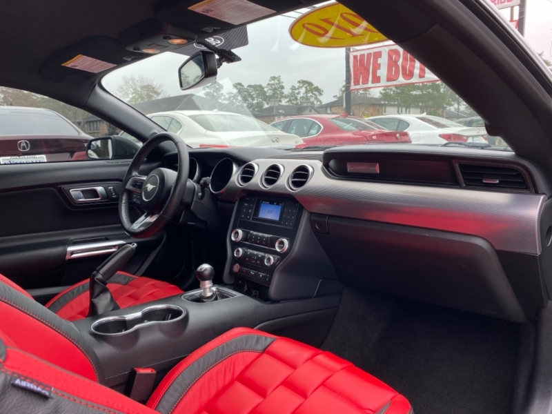 Ford Mustang 2019 price $36,890