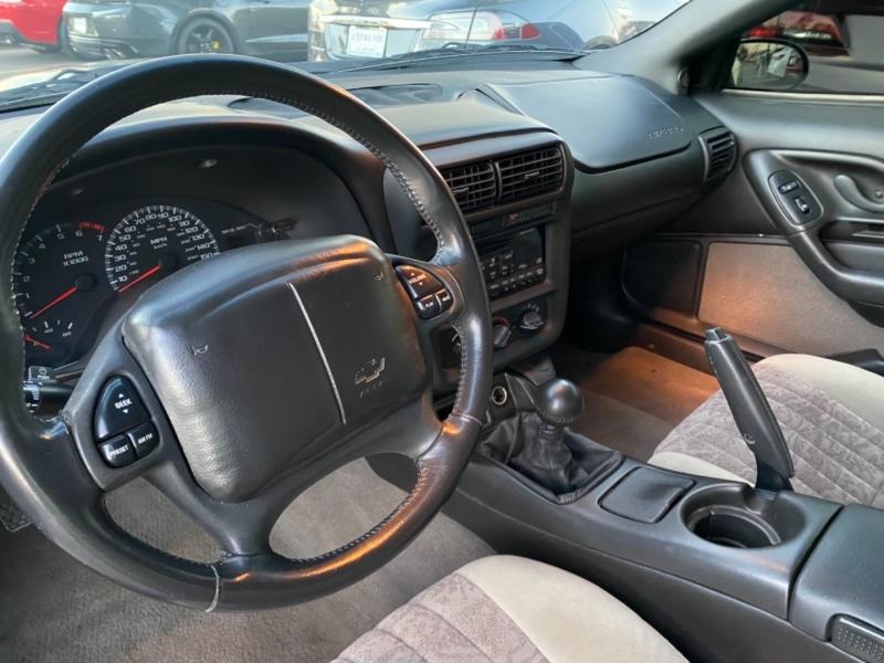 Chevrolet Camaro 2002 price $19,890