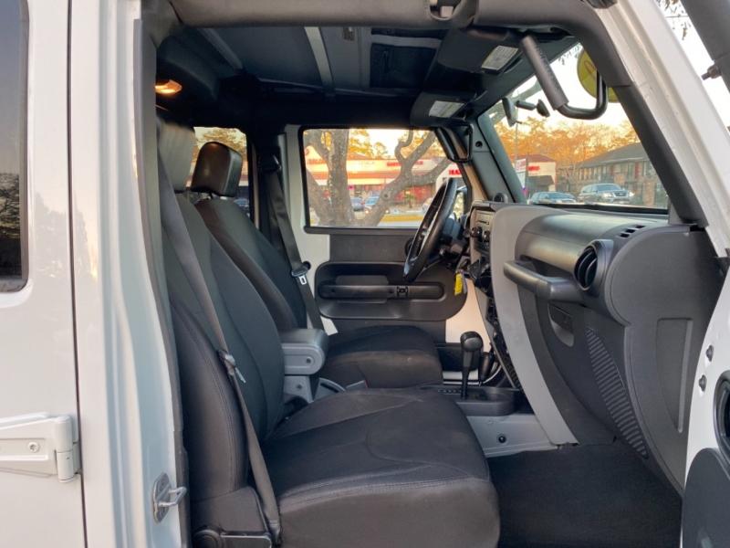 Jeep Wrangler Unlimited 2010 price $25,890