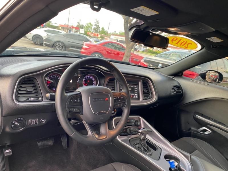 Dodge Challenger 2019 price $24,890