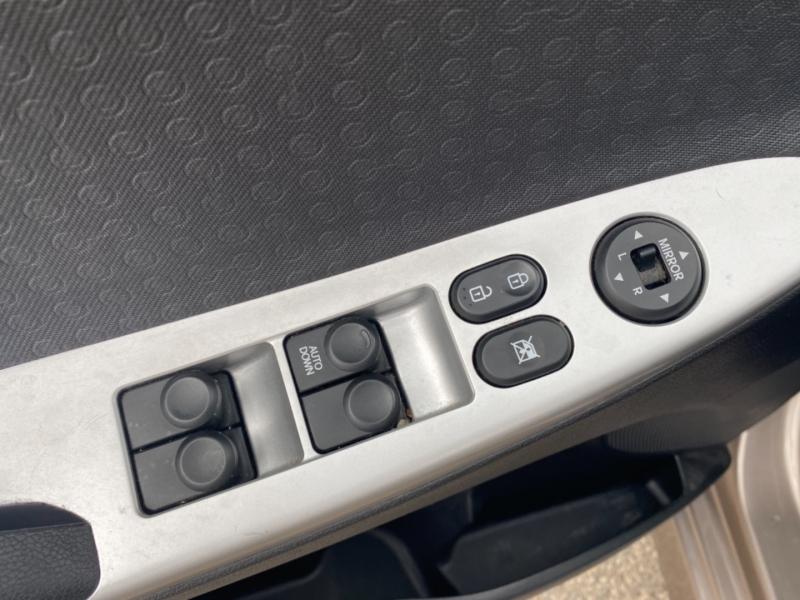 Hyundai Accent 2012 price $6,890