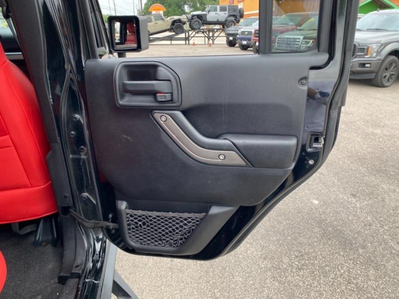 Jeep Wrangler Unlimited 2012 price $29,890