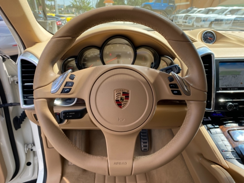 Porsche Cayenne 2012 price $22,699