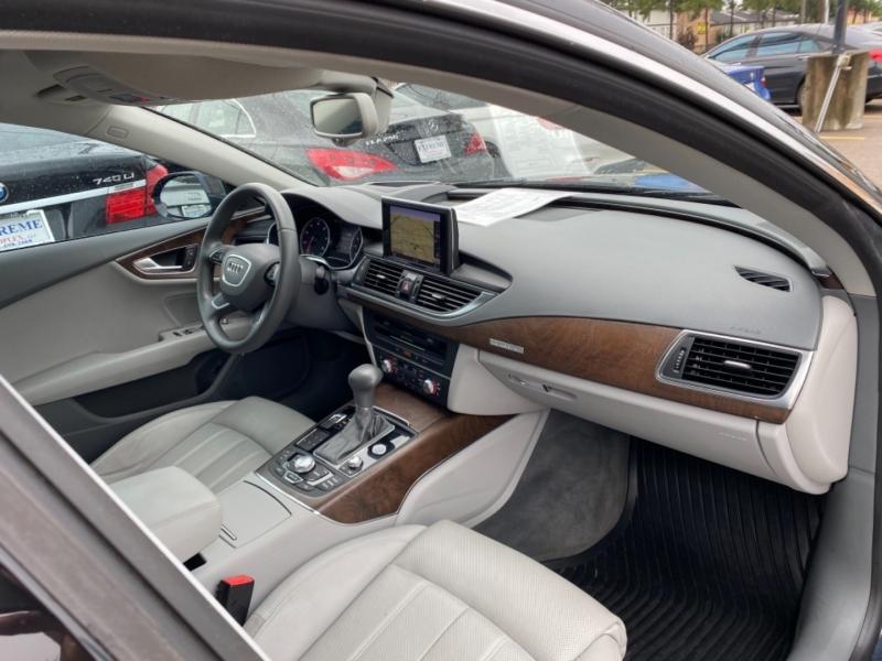 Audi A7 2012 price $22,890