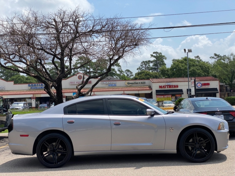 Dodge Charger 2014 price $11,890